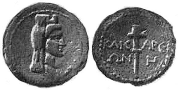 Богиня Афродита в башенной короне, покрытой покрывалом